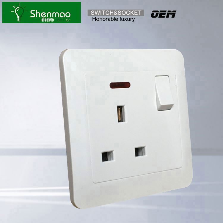 5 볼트 2A USB multi electrical 벽 switch 및 plug socket