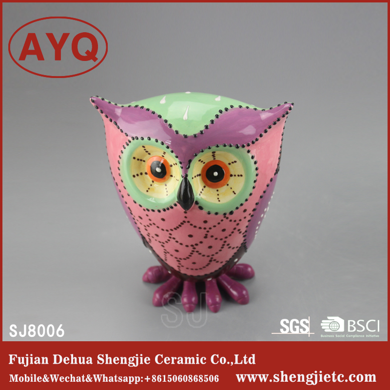 Functional Porcelain Crafts Colorful Ceramic Night Owl Decorations Furnishings For B2C Sale