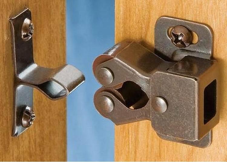 Manufacturers Selling Push Open System Industrial Door
