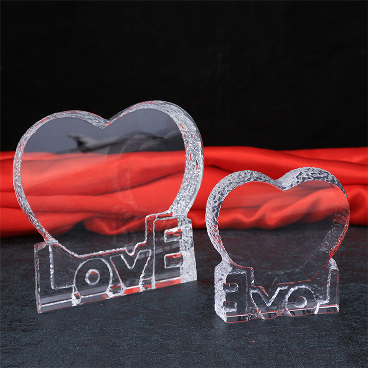 Wholesale Fashion K9 Crystal Glass LOVE SHAPE Photo Frame / crystal heart love trophy for 3D engraving