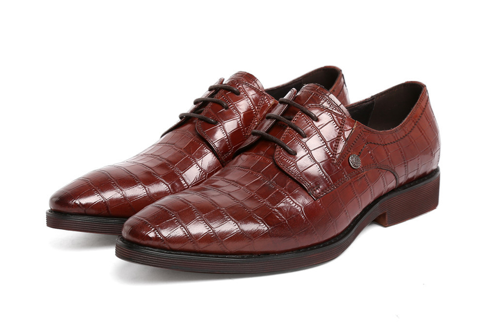 2015 Hot luxury crocodile designer men dress shoes genuine patent leather black brown fashion solid lace up wedding for men 557