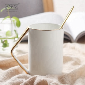 Hot selling factory supply luxury ceramic coffee mug cups with handle for valentine day gifts