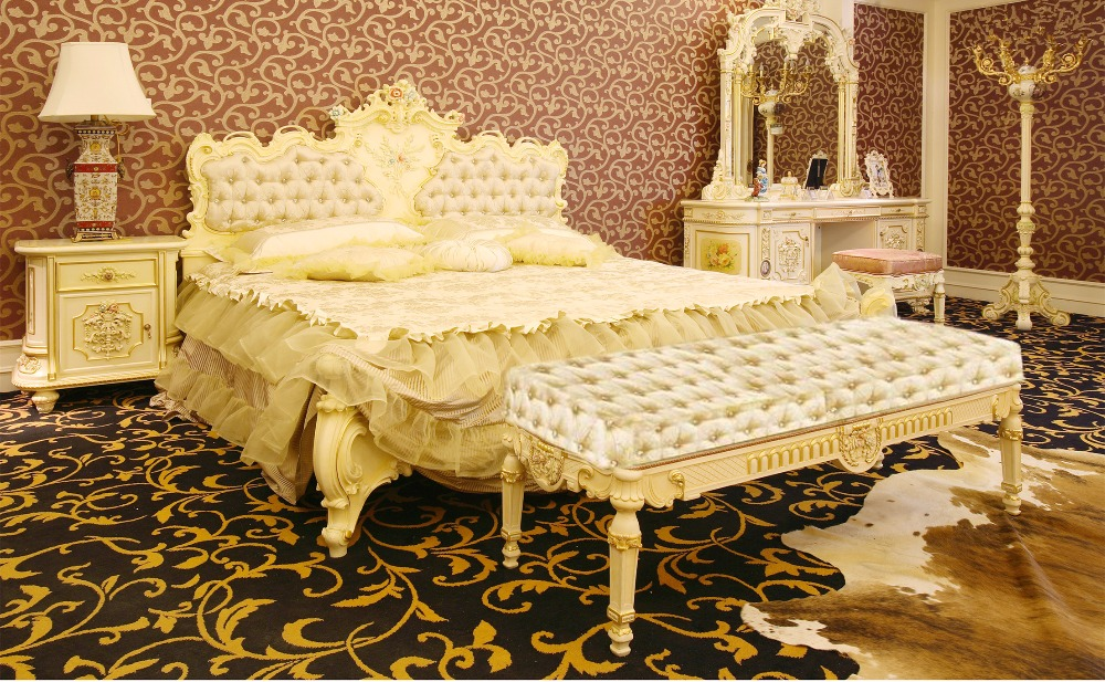 French Rococo Style Elegant King Size Wooden Bed European Fantastic Palace Wood Carved