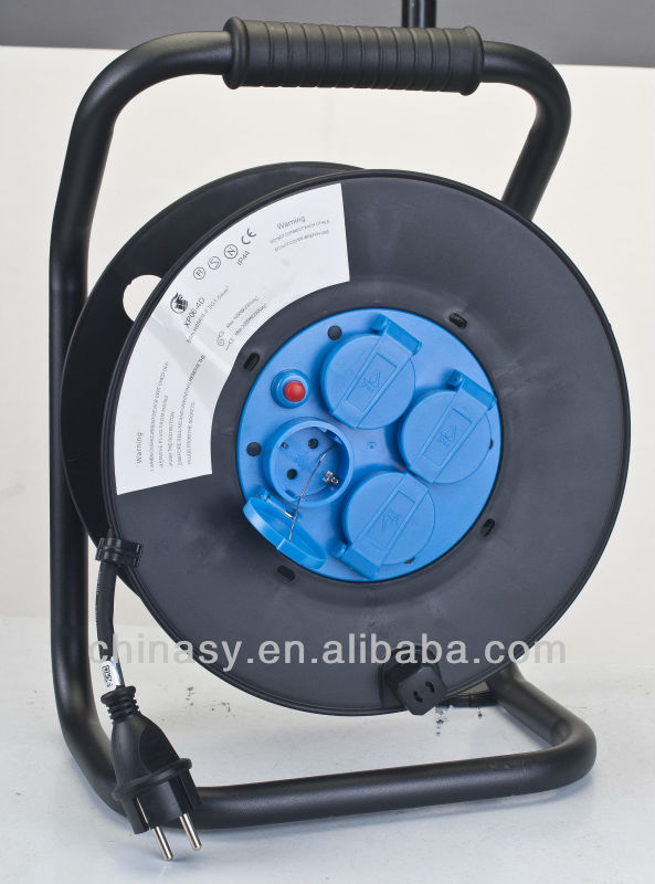 CE S retractable waterproof IP44 power cable reel