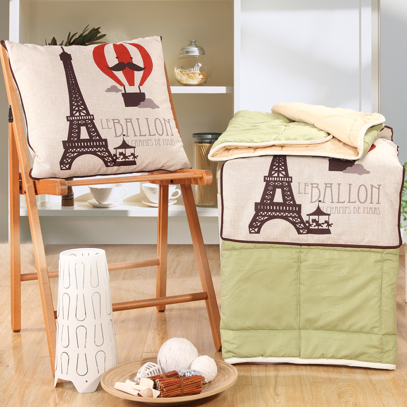 Eiffel Tower Printed Pillow Blanket Cartoon Hot Air Balloon and Letter Decoration Flax Cotton Cushion Blanket Home Textiles