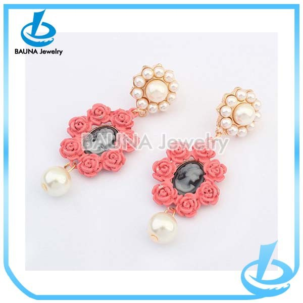 Fashion acrylic rose flower charm cameo pearl drop earrings
