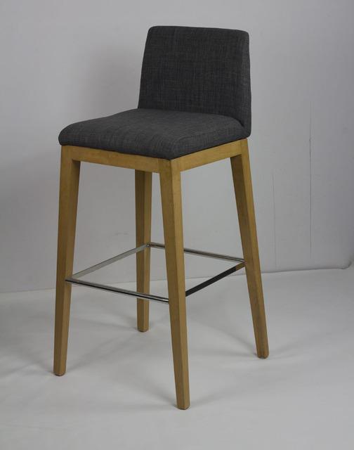 mobilier design scandinave minimaliste ikea bois tabouret. Black Bedroom Furniture Sets. Home Design Ideas