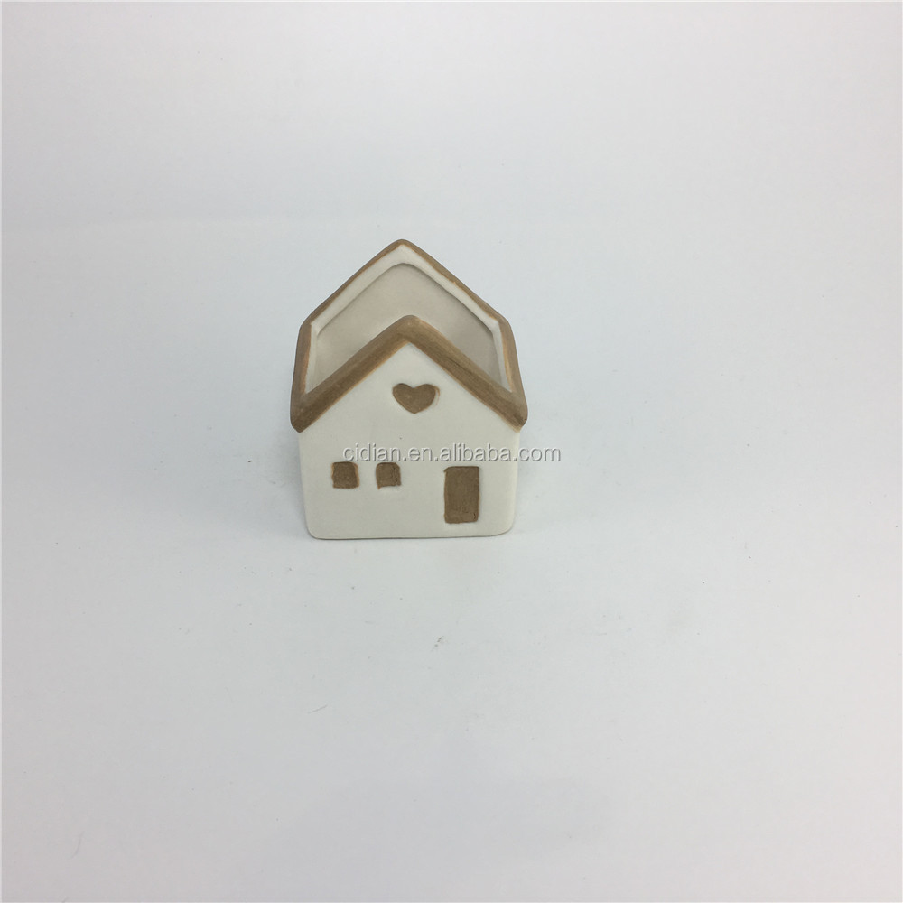 Ceramic hanging Christmas House with magnet
