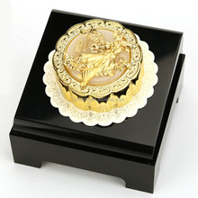 Chinese Style Gifts The Gold Plated Mooncakewith Chinese goddess of the moon Chang e
