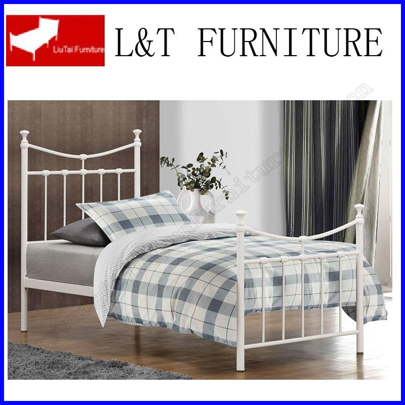 Finden Sie Hohe Qualität Schmiedeeisernen Möbelbetten Hersteller und ...