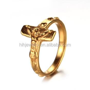 bague en or avec la croix