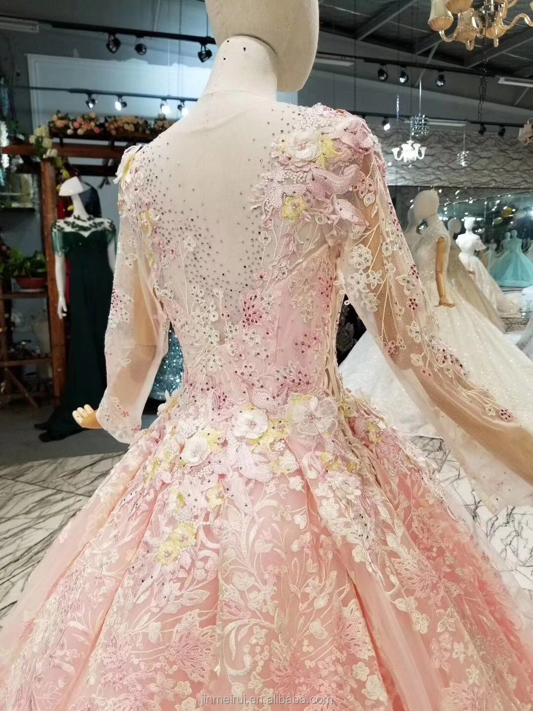 Dubai Evening Dresses Pearl Blush Pink High Quality Lace With Long Sleeves See Through Back Long Evening Gown Prom Dresses