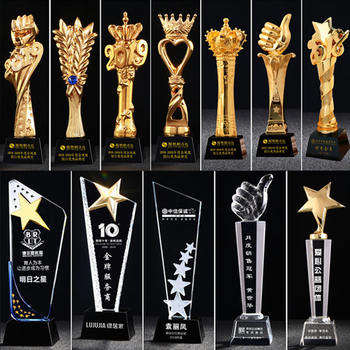 Professional custom-made various types of crystal trophies for souvenirs