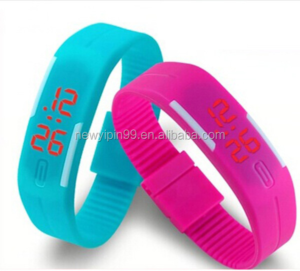 Cheap Silicone Bands Watch LED Sports Wrist Watch with Elegant Design