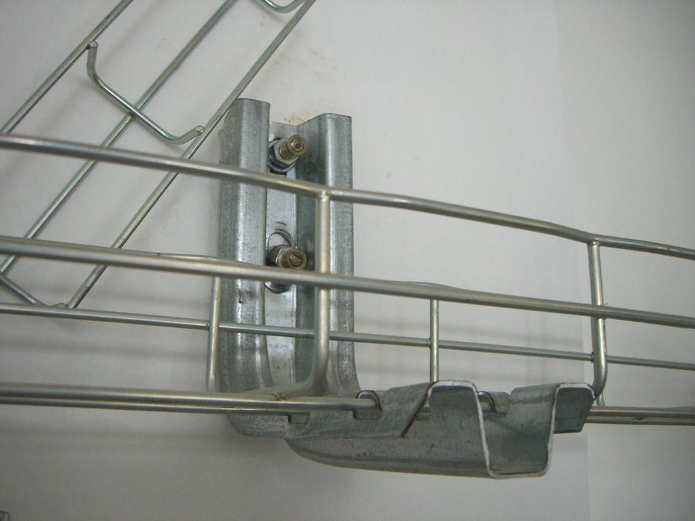 Galvanized Steel Wire Mesh Tray Unistrut Brackets For