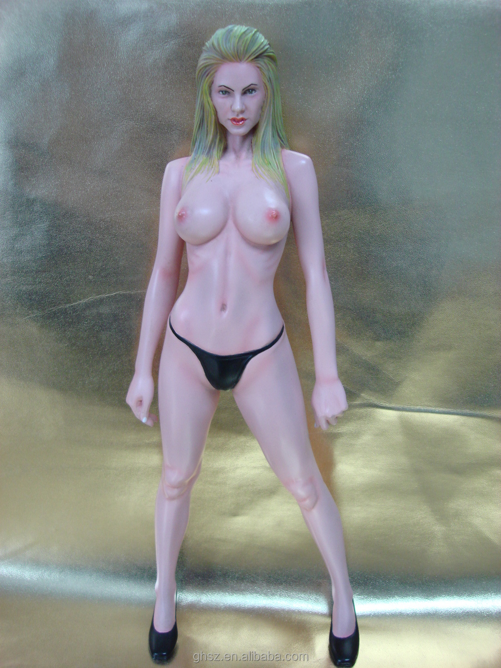 Sexy Female Figure 13