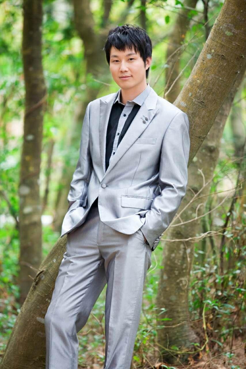 Guangzhou gedan garment co., ltd.   dress,coat