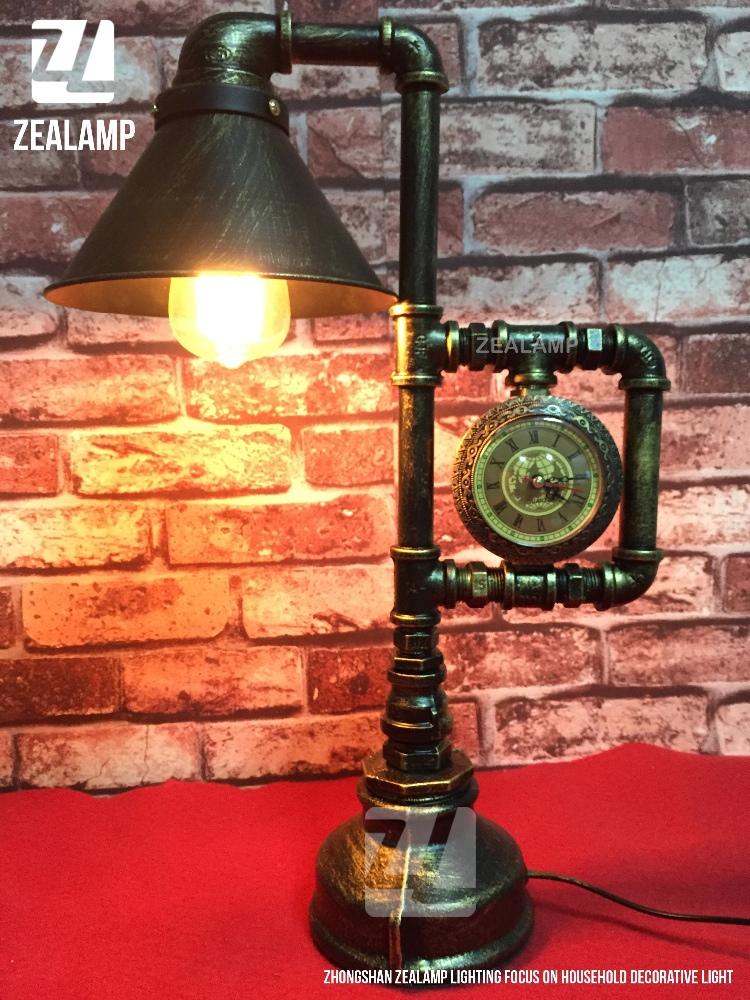 style industriel tuyau lumi res steampunk table de lampe edison lampe avec abat jour en m tal. Black Bedroom Furniture Sets. Home Design Ideas