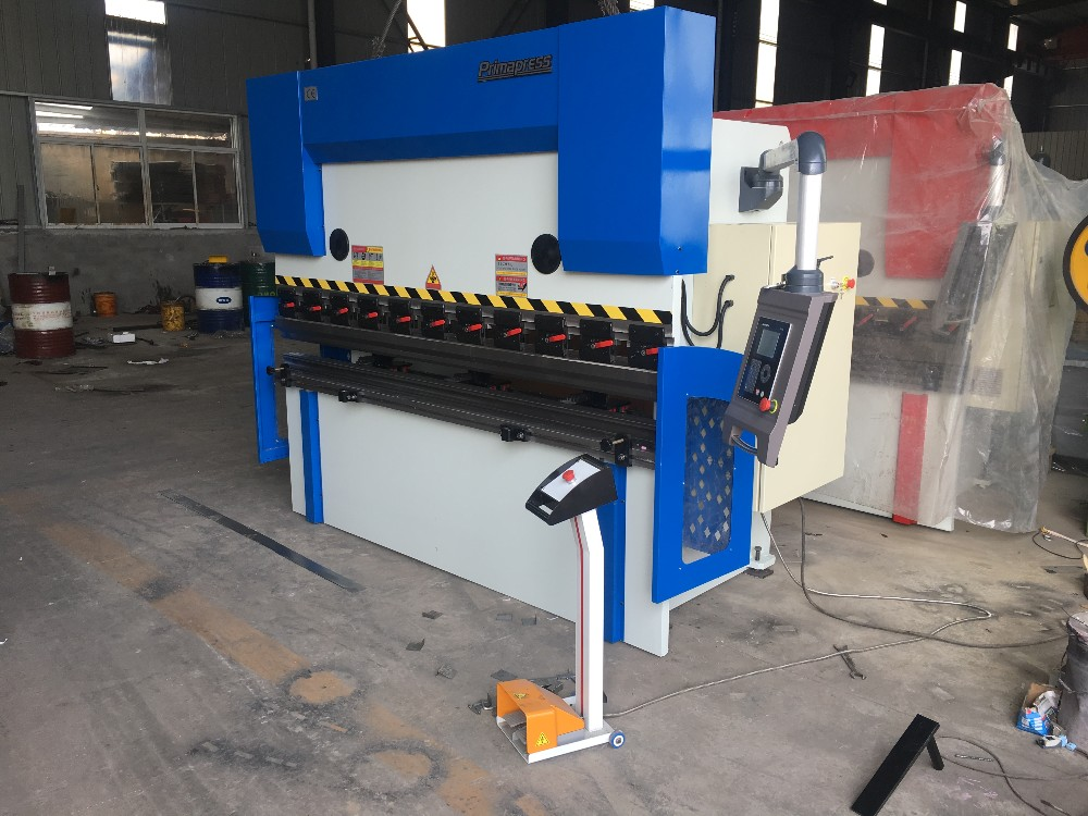 3+1axis SS /iron plate WV67K-200ton/3200mm CNC press brake machine with DELEM DA41S controller
