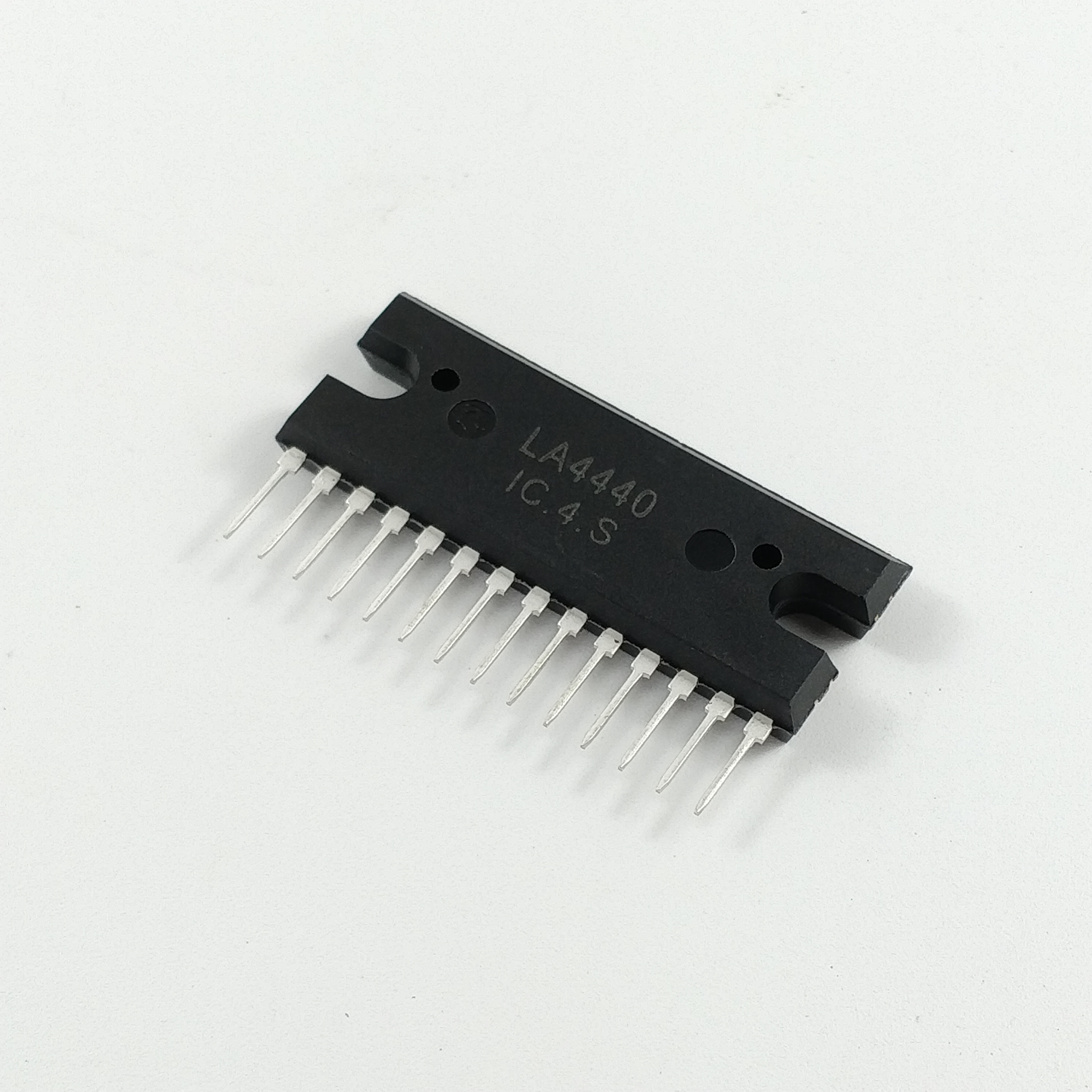 How to check 4440 ic