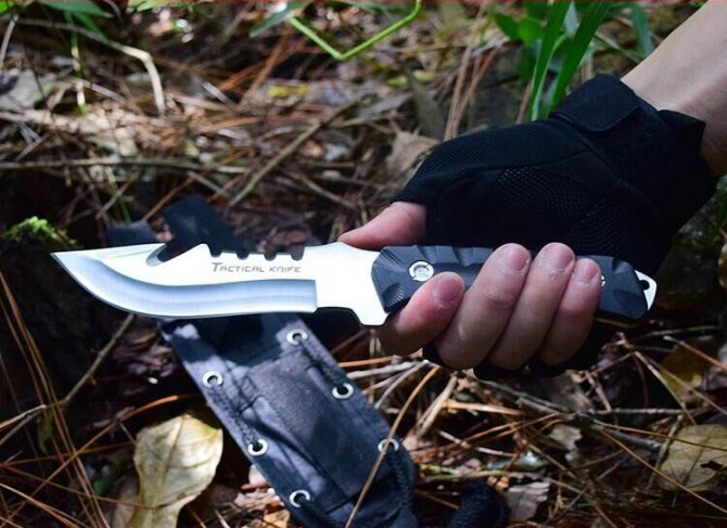 58HRC Fixed Camping Knife Rescue Tools with Tactical Nylon sheath Hunting Survival Knives Dropshipping 8302