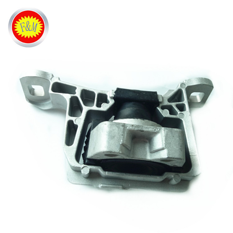 Auto Parts Front Right Engine Rubber Mount For BBM4-39-060D