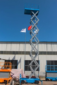 Good mobile manual scissor lift platform price