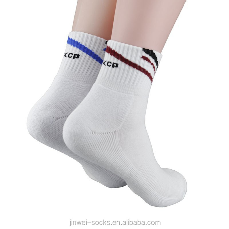 china bulk wholesale custom sock manufacturer cotton towel knitting tennis sport calf compression man fashion fuzzy socks
