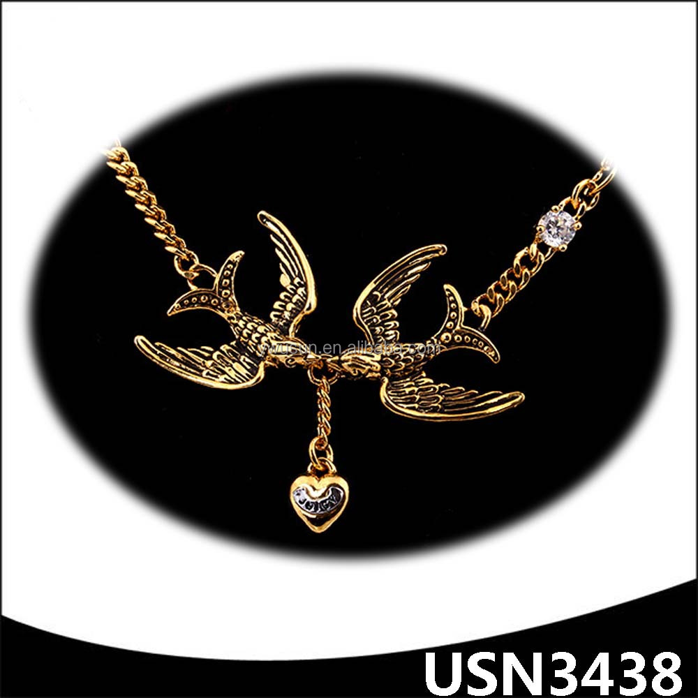 Thick chain gold plating dove charm rhinestone choker latest necklace