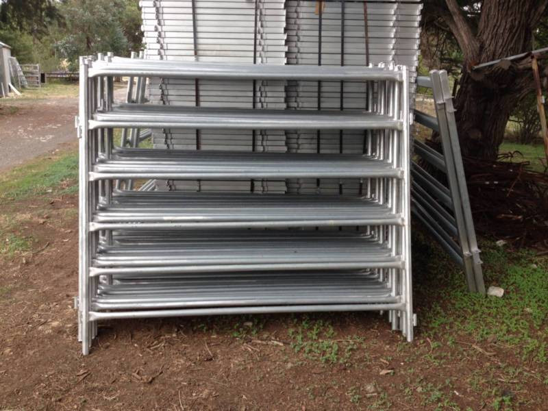 Galvanized Pipe Corral Fence Panel Buy Corral Fence