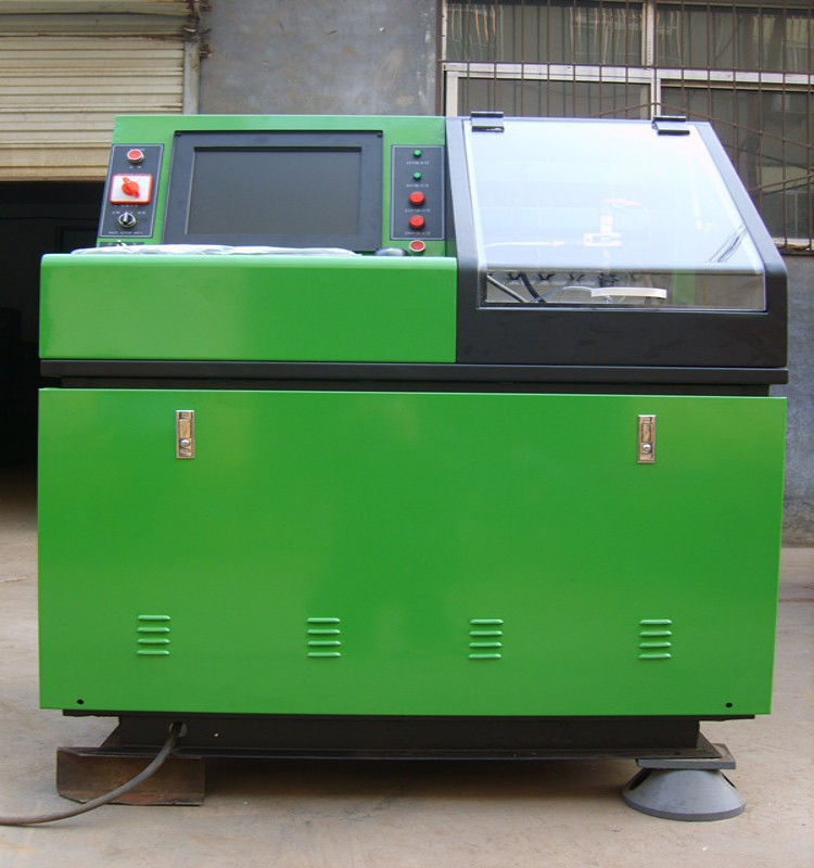 Common rail tester for injector cleaning and injector testing