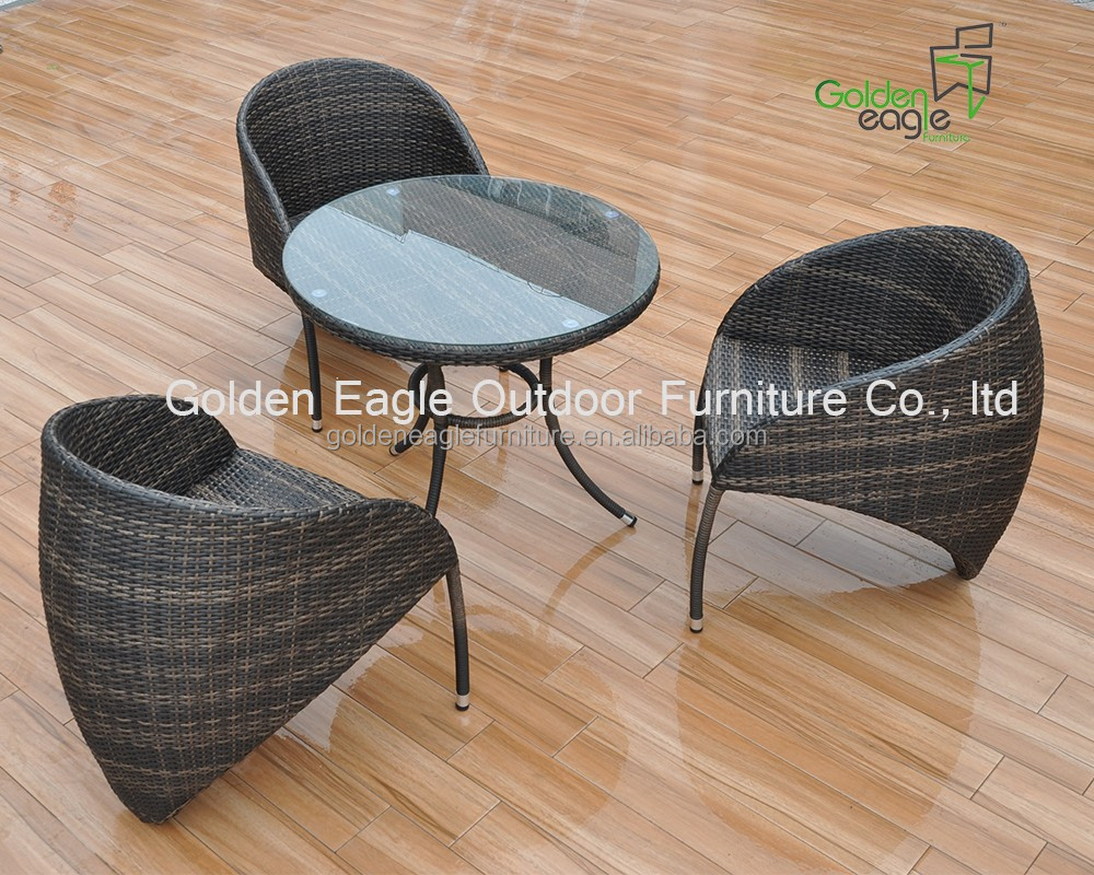 Hot sale! bee tail design outdoor rattan or wicker dining table and chairs for wholesale