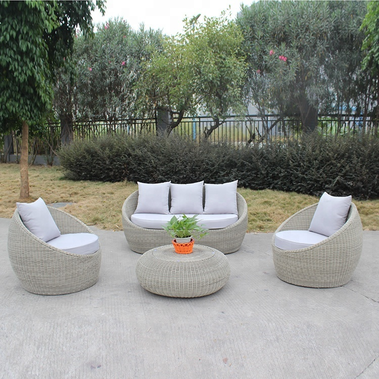 2018 Cheap Light Weight Easy White Rattan Garden Sofa