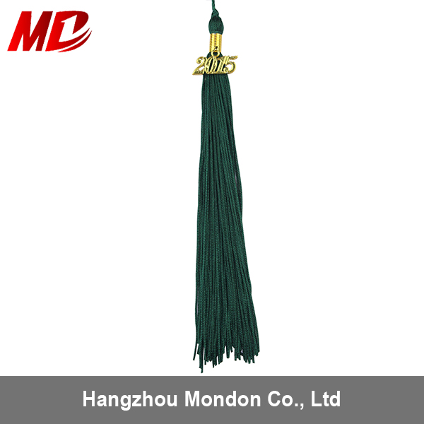 100% royon material tassel packaged with year charm the Tassel for graduation