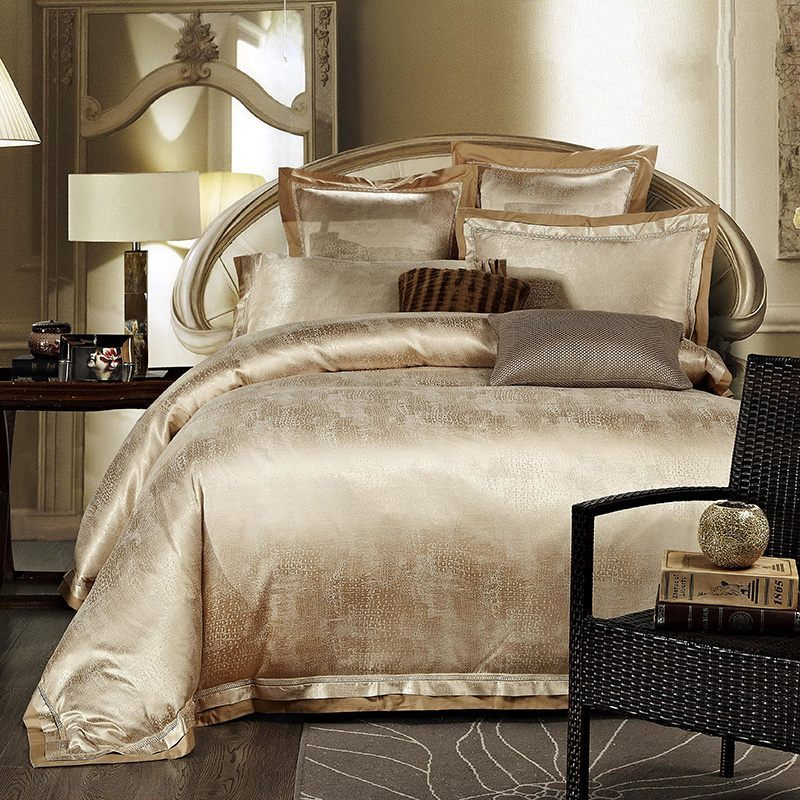 gold white blue jacquard silk bedding set luxury 4pcs satin bed set duvet cover king queen. Black Bedroom Furniture Sets. Home Design Ideas