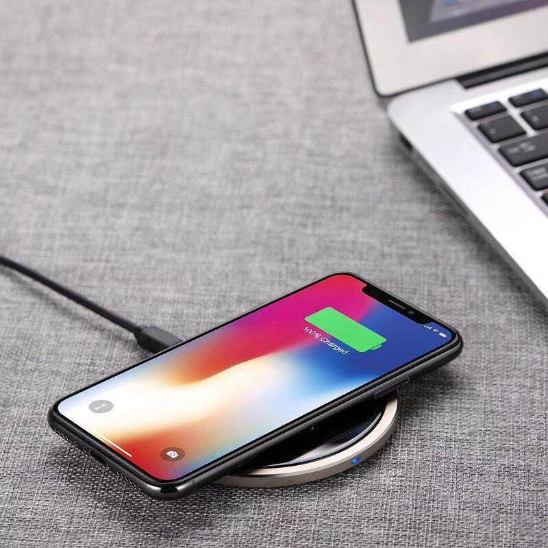 2019 Luxury QI Wireless Charger Cool down Quickly with CE