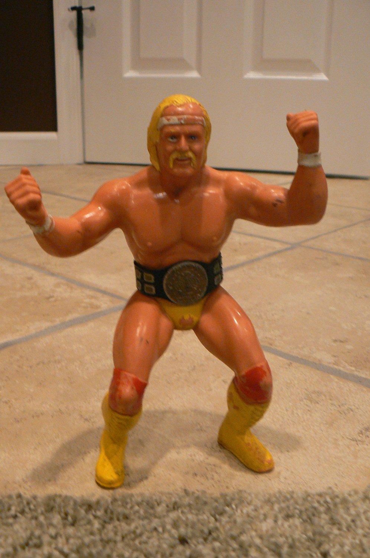 WWE WWF LJN Wrestling Superstars Series 1 - HULK HOGAN Wrestling Figure (1984)