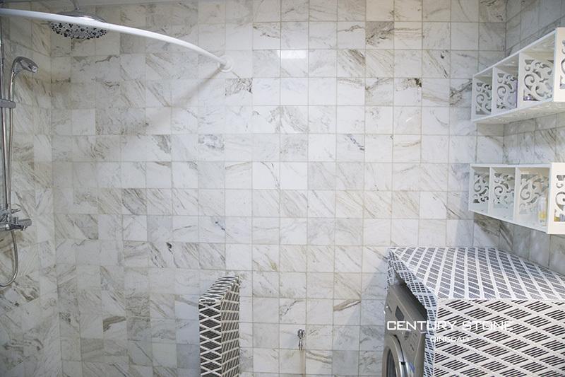 Marmer Tegels Badkamer : Badkamer ontwerp marmeren tegels mozaïeken anti slip zwart en wit