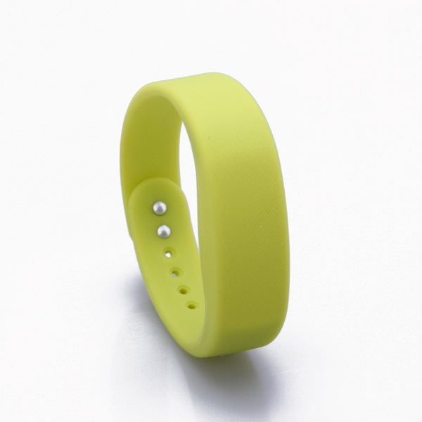 Fashion Silicone Child Gps Tracker Bracelet For Children Kids