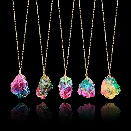 Rainbow Stone Pendant Necklace Fashion Crystal Chakra Rock Necklace Gold Color Chain Quartz Pendant Necklace for Women Gifts