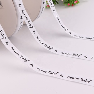 Personalized 1.5cm High Quality White Polyester Black Logo Ribbon Printed Grosgrain Ribbon Custom
