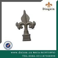 Factory Cheap Fashion OEM Ornamental and simple gate design for sale