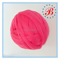 Wholsesale 66s DIY Hand Knitting Blankets hats and pet bed 100 colors 100% Merino Wool Roving Super chunky Yarn
