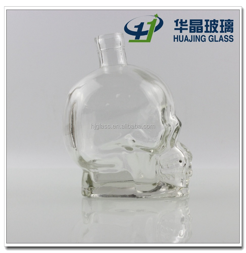 Skull head 700ml whisky glass liquor bottle wholesale