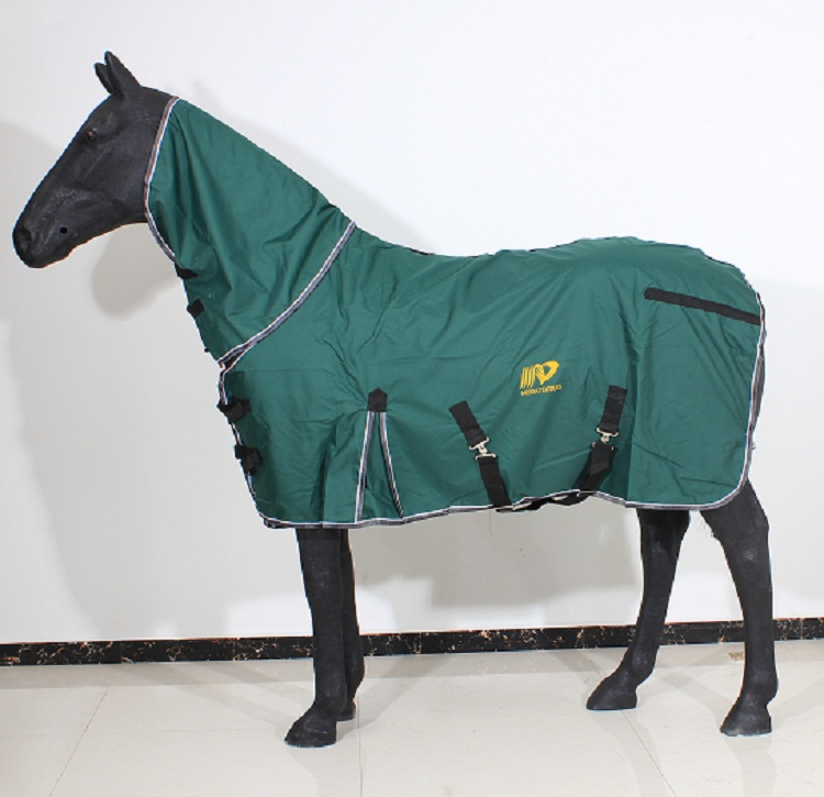 wholesale waterproof ripstop horse rug with black color