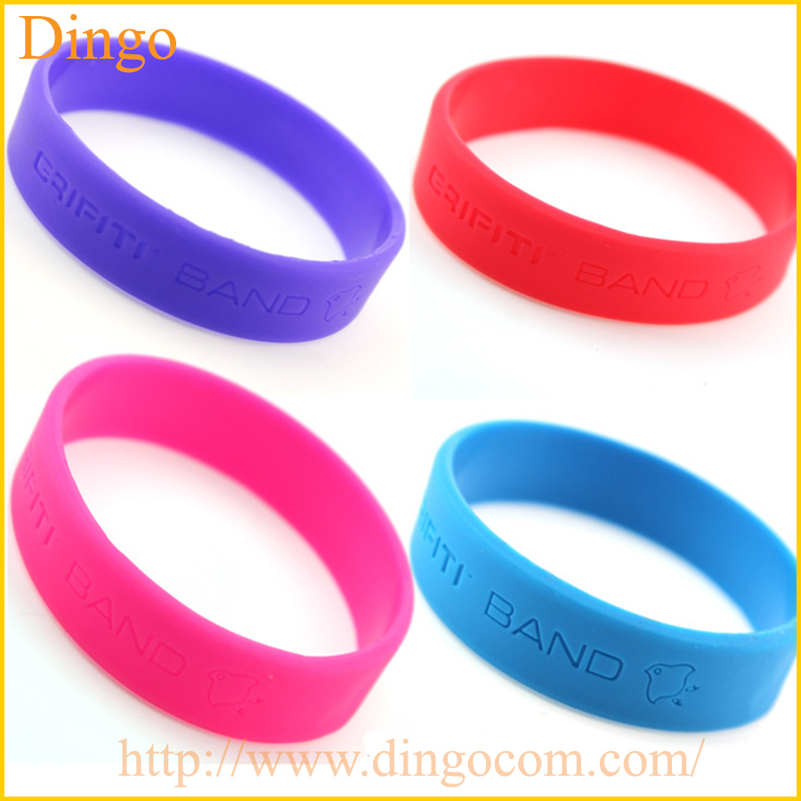 Promotion Fashion cool Silicone bracelet,Wrist Bands,debossed, embossed, imprint,OEM design all kinds Silicone Wristbands