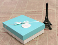 Chinese made eco-friendly recycled luxury blue large cardboard paper gift box with lid