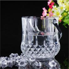 2017 wholesale high-end transparent glass ciroc / beer ice bucket with tongs
