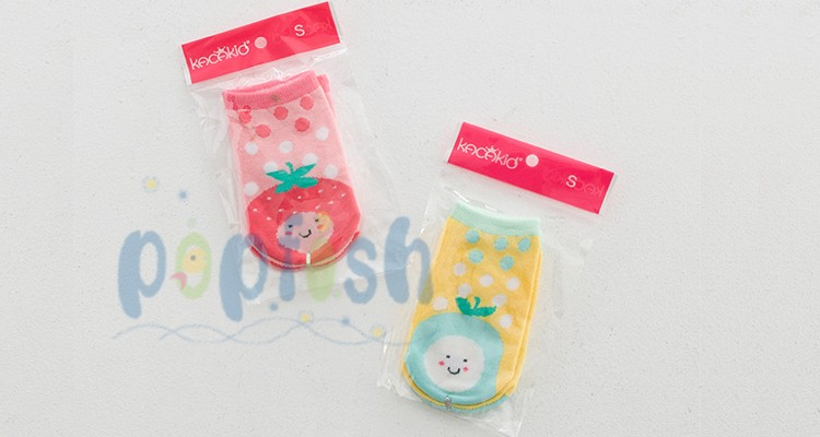 Small wholesale spring autumn girls fruit pear strawberry printing cartoon 0-4T antislip cheap baby socks