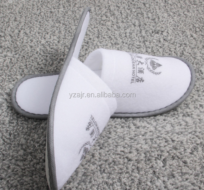 anti-slip customized plush velvet Sponge slipper closed toe slipper